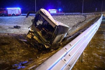 В Польше временно закрыли съезд с дороги на месте ДТП украинских автобусов