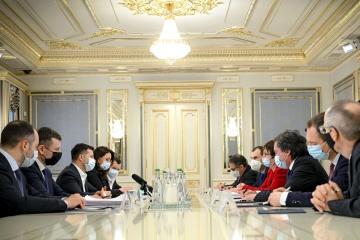 Selenskyj an EBWE-Präsidentin: Ukraine braucht Investitionen in Infrastruktur und Landwirtschaft