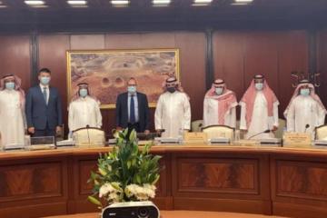 L'ambassadeur d'Ukraine en Arabie saoudite s'entretient avec la Commission d'amitié saoudo-ukrainienne