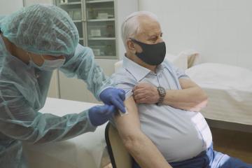 87-järhriger Ex-Präsident Krawtschuk gegen Cowid-19 geimpft