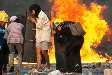 В Мьянме силовики за сутки убили более 80 протестующих