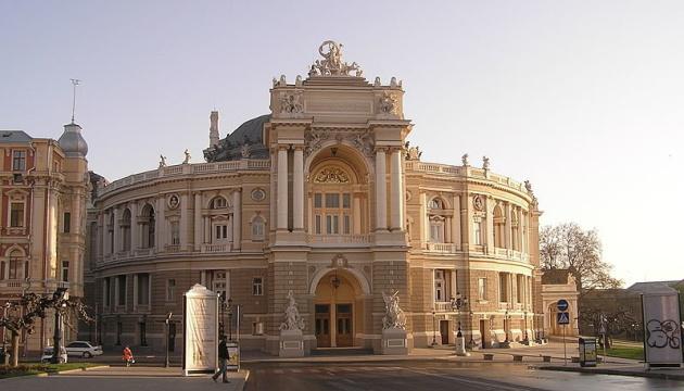 В Одеській опері не пов'язують напад на режисера з припиненням контракту
