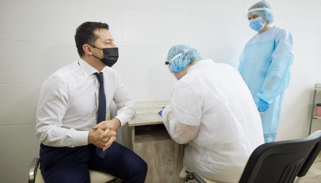 Зеленський отримав другу дозу вакцини від COVID-19