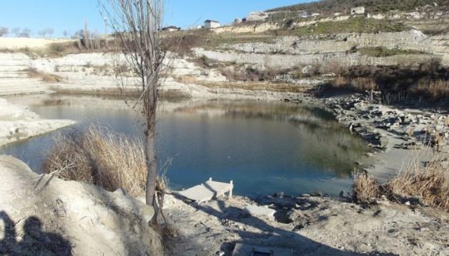 Інкерманське водосховище в окупованому Криму перетворюється на калюжу