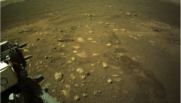 Ровер Perseverance вперше проїхався поверхнею Марса