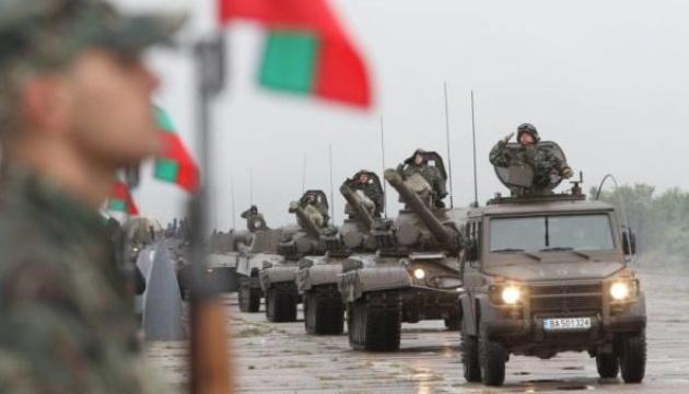 Болгария отменяет тендер на закупку бронетехники из-за дефицита денег
