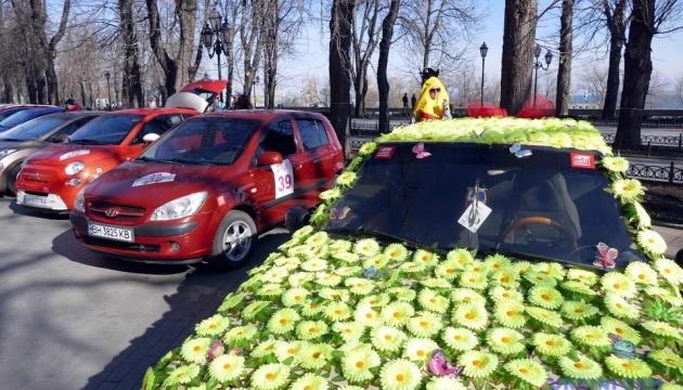 В Одессе состоялось женское ралли к 8 марта