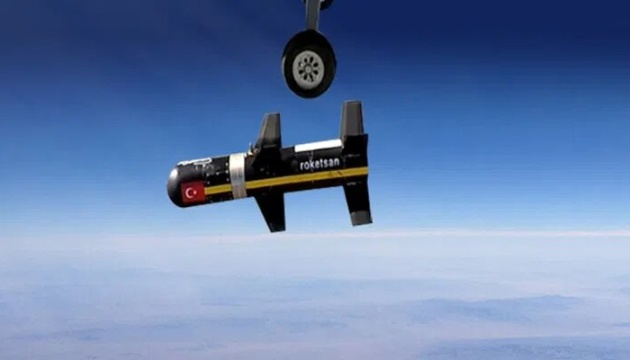Туреччина провела стрільби ракетами з безпілотників Вayraktar TB-2