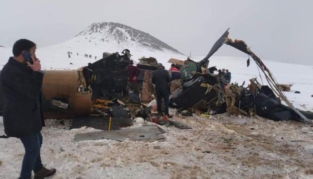 Загибель військових у Туреччині: перед аварією вертоліт потрапив у хмару