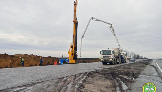 На Полтавщині Укравтодор завершив будівництво мосту через Ворсклу