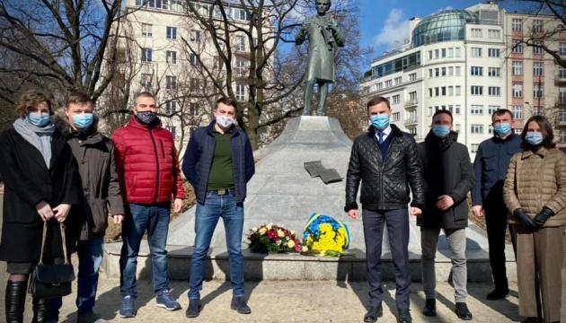 Українська громада вшанувала Шевченка у кількох містах Польщі