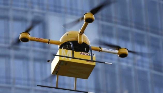 Більша відстань, довший час: в ЄС «прописали» нові правила для дронів
