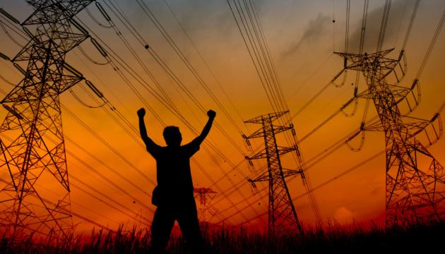 Импорт электричества из России прекратили до октября. А можно, чтобы навсегда?