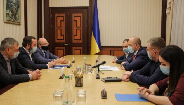 Зробили важливий крок до будівництва першого платного автобану в Україні - Шмигаль