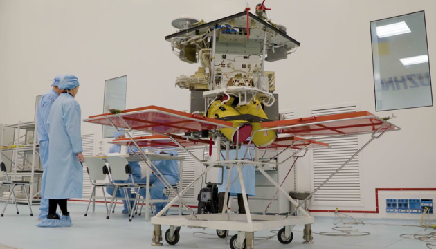 До запуску супутника «Січ-2-30» все майже готове - Уруський відвідав Центр управління польотами