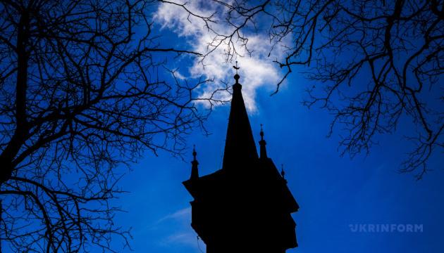 Фотоподорож: Реформатська церква у селі Паладь-Комарівці