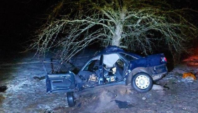На Рівненщині підлітки влаштували ДТП: один загинув, троє у реанімації