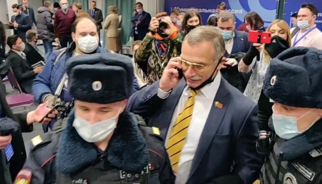 У Москві затримали учасників форуму муніципальних депутатів - близько 150 осіб