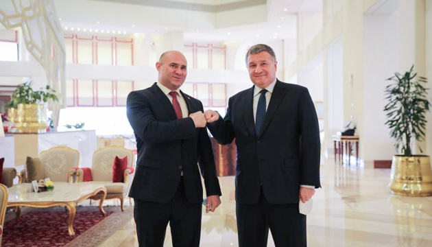 Avakov, Moldovan interior minister discuss cooperation between states