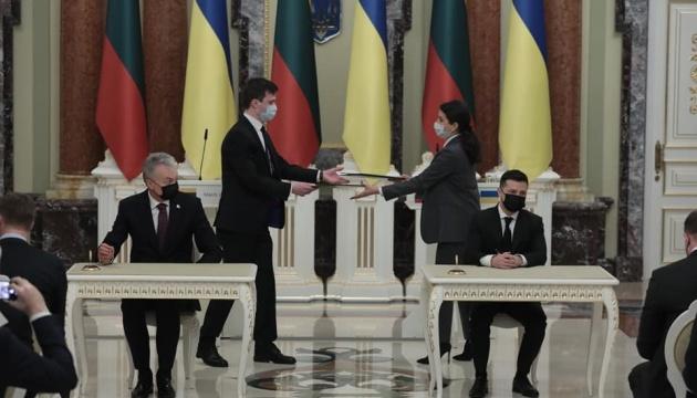 Selenskyj und Nauseda unterzeichnen Erklärung über europäische Perspektive der Ukraine