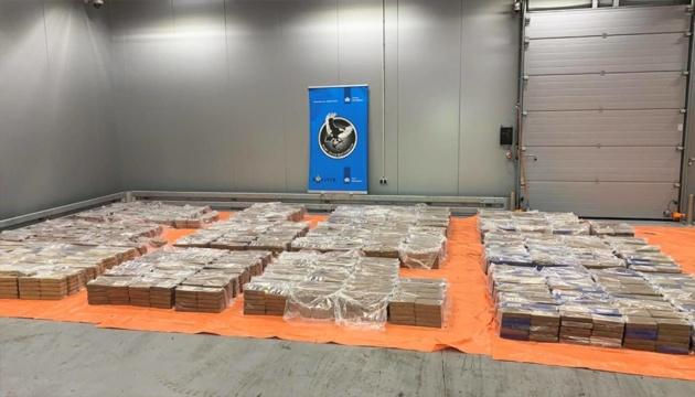 У порту Роттердама виявили понад чотири тонни кокаїну
