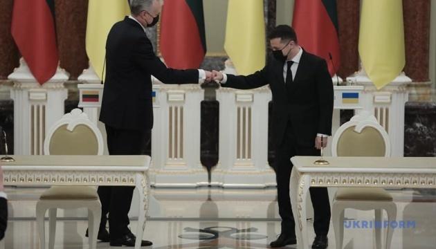Zelensky y Nausėda firman una declaración de la perspectiva europea de Ucrania