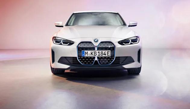 BMW випустить новий електрокар - штучний інтелект і 530 «коней»