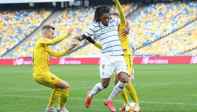 «Динамо» разгромило «Рух» в чемпионате Украины по футболу