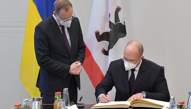 Київ співпрацюватиме з Берліном у сфері міського транспорту, довкілля та освіти – Шмигаль