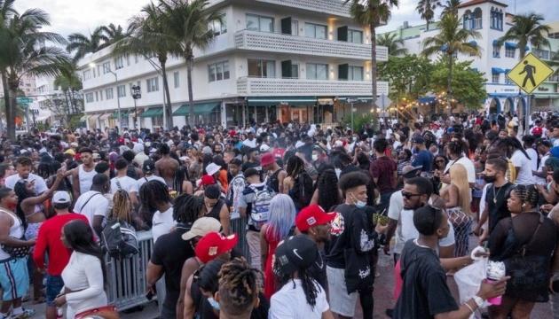 В Майами объявили чрезвычайное положение из-за весенних каникул