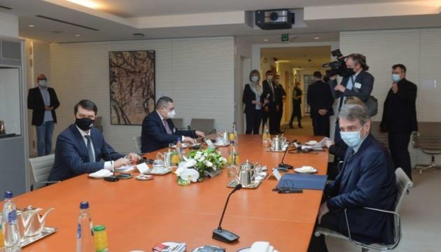 Разумков закликав президента Європарламенту посприяти в ухваленні «кримської» резолюції