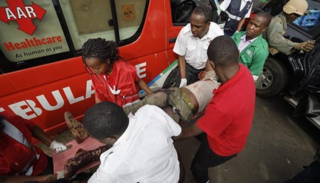 В Кении автобус наехал на мину: четверо погибших, десятки раненых