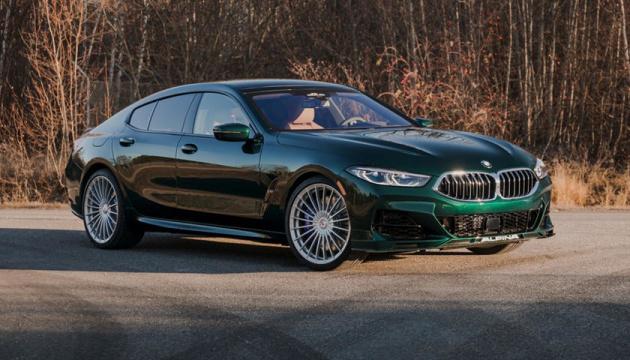 BMW представила авто, которое разгоняется до 324 километров в час