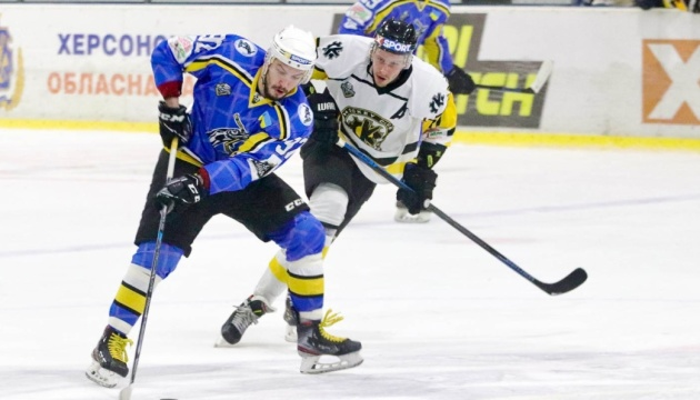 Плей-офф УХЛ: «Дніпро» лише в третьому овертаймі обіграв «Краматорськ»