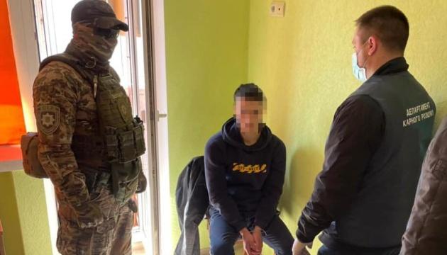 В Одесі викрадачі юнака вимагали $1 мільйон, замовника затримали