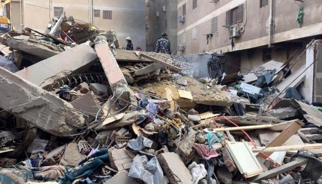 Кількість загиблих через обвал будинку в Каїрі зросла до 23