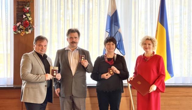 Актори Українського театру у Фінляндії отримали нагороди від посла України