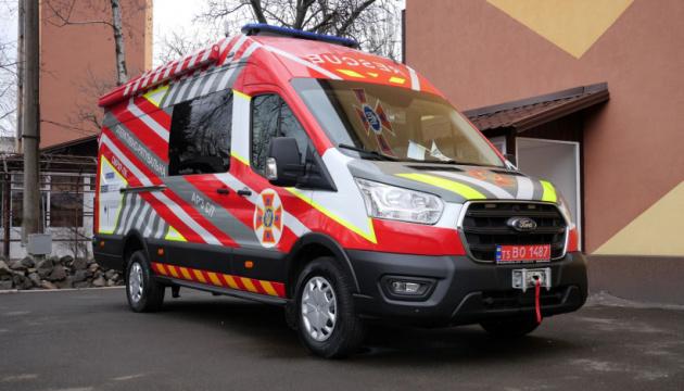 ОБСЄ передала рятувальникам Донеччини спецмашину радіо та хімічної розвідки