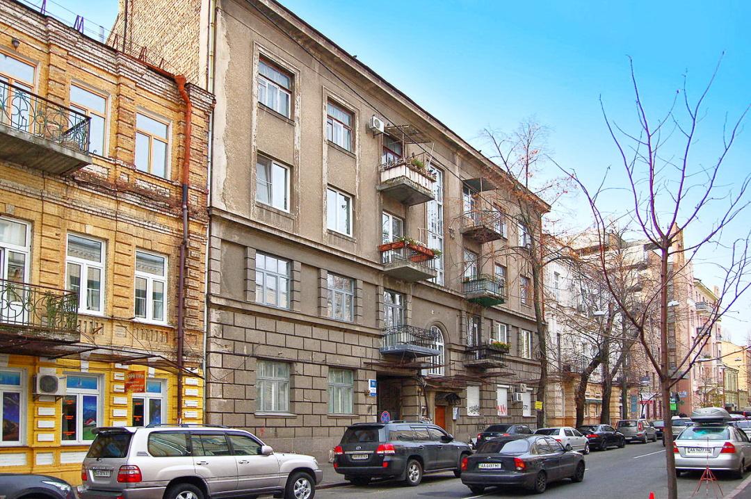 вулиця Рейтарська, 11, Київ, де колись із батьками у кв.№7 мешкав А.О.Білецький