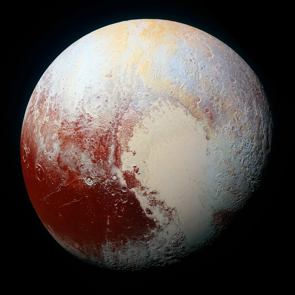 кольоровий вигляд Плутона, зроблений космічним кораблем NASA - New Horizons 1