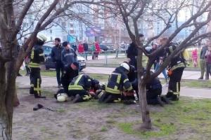 Під час пожежі у столичній багатоповерхівці врятували двох маленьких хлопчиків