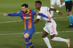 Ла Лига: «Реал Мадрид» побеждает «Барселону» и возглавляет Примеру