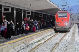 Италия запустит первые «свободные от коронавируса» поезда — СМИ
