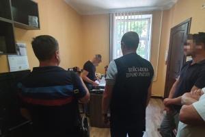 Шантажировал «записями» разговоров об убийстве депутата - сотрудника СБУ поймали на взятке