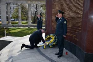 Українські дипломати вшанували пам'ять загиблих при звільненні Австрії від нацистів