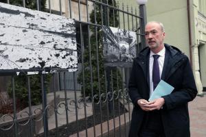 Посол Франції відкрив виставку робіт українського фотографа «Східний пейзаж»