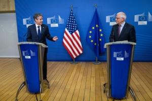 ボレルEU上級代表とブリンケン米国務長官、ウクライナ国境沿いの露軍集結へ懸念表明