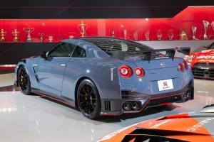 Nissan представил новый спорткар