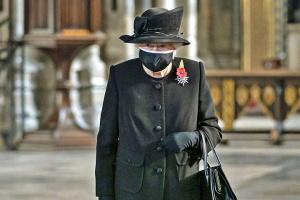 Єлизавета II вперше після смерті чоловіка виступила публічно
