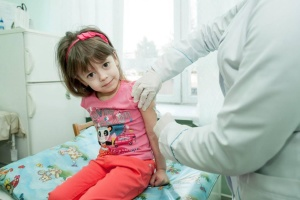 Most Ukrainians ready to be vaccinated against COVID-19 - UNICEF